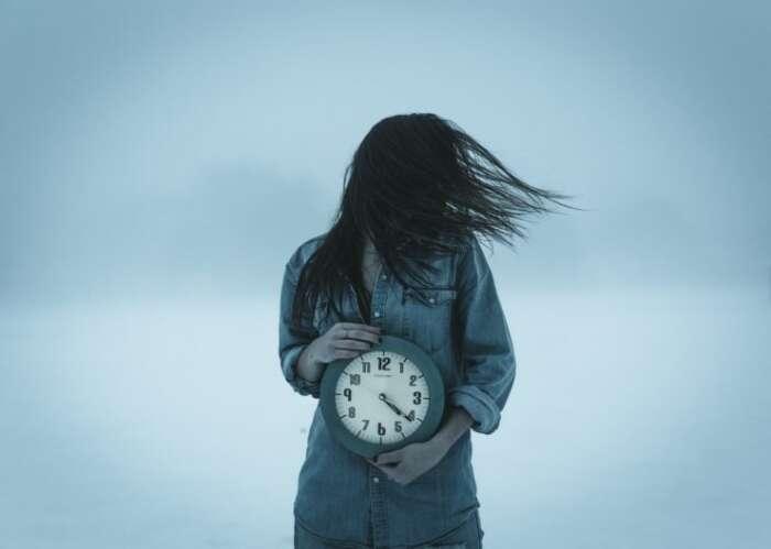 時間がないと焦る人の解決方法【どうして時間がないのか分かると簡単】