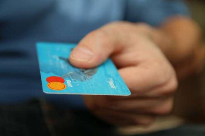 ポイントカードはお得なの?