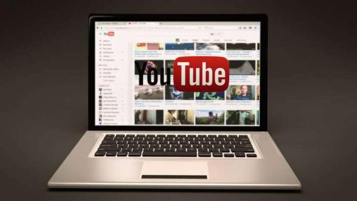 YouTubeにある、アーティストのミュージックPVをブログに埋め込むのは著作権的には?