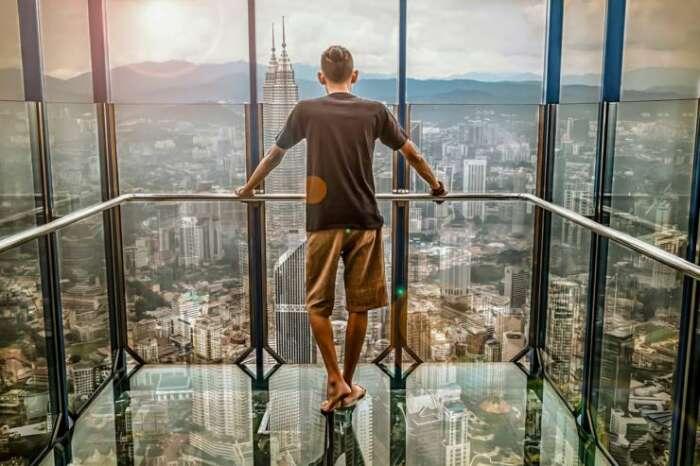 仕事での決断力!不確定な未来より、確定な現在を選ぶ理由!