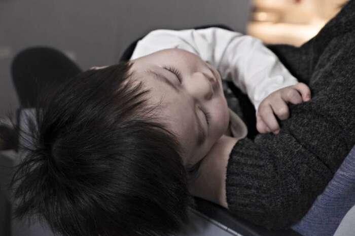子供の急な発熱時に、家にある便利なモノとすぐ出来る対処法