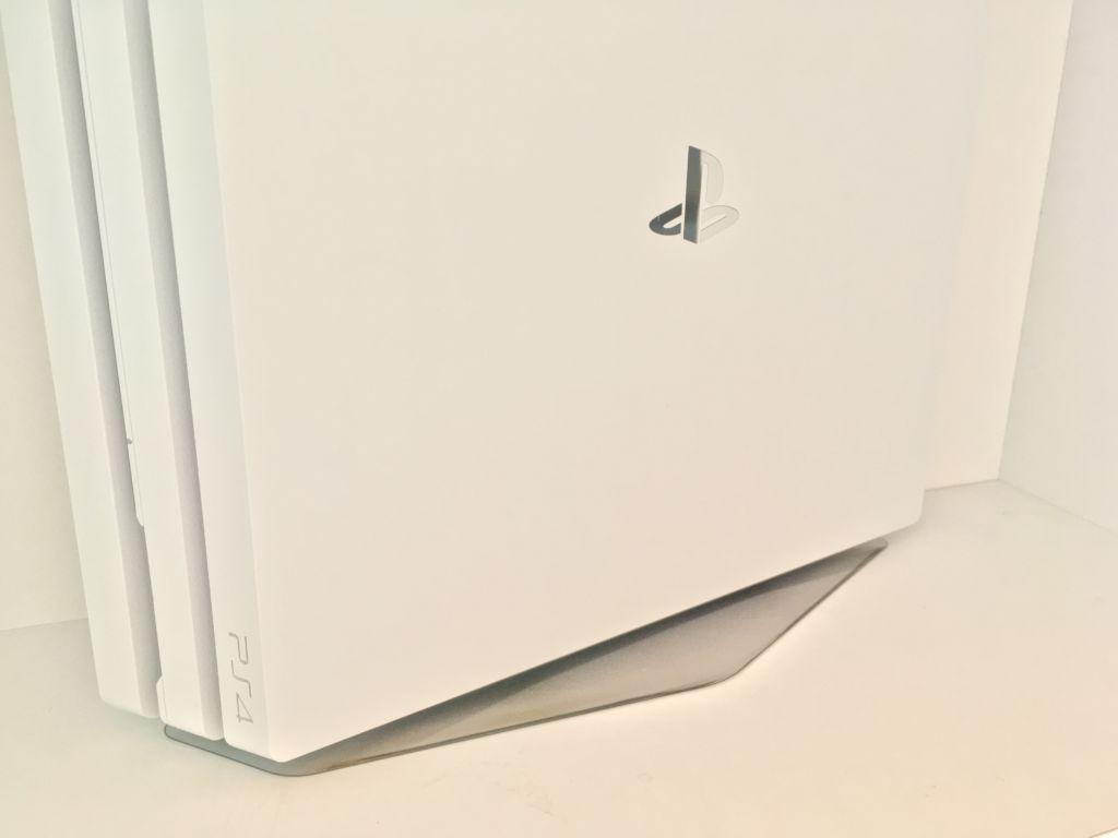PS4の迷って答えが出なかったら容量の大きい方が困らない