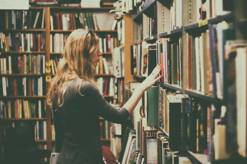 本を捨てる?もったいない【処分するなら売ってお金にした方がお得な理由】
