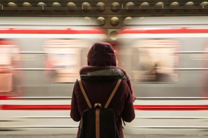 通勤時間が長いのは無駄【30分以上の場合は人生を無駄遣いしている】