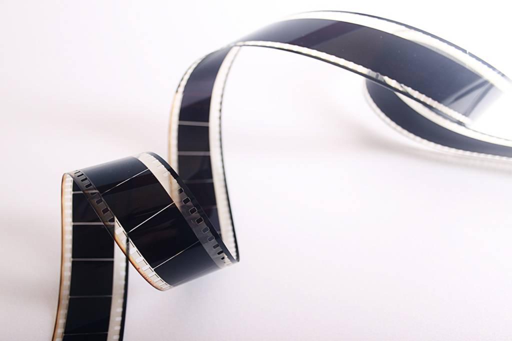 ビデオレンタルの返却が面倒な人への朗報【現代の無駄な時間とお金を削減方法】