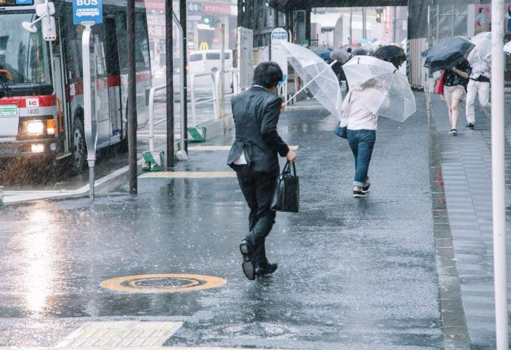 台風の日の通勤などは気をつけよう【まとめ】