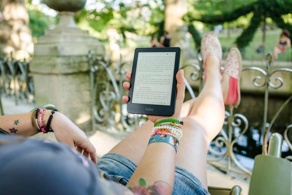 無料でライトノベルが読めるおすすめサイト【暇つぶしには読書が最高】