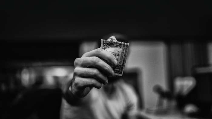 お金は貯めるべきか?使うべきか?と思う時に考える事【お金はツールです。】