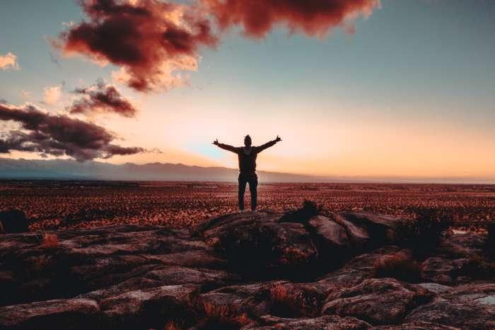 世の中にはどうしようもない事存在するので、受け入れる事が大事。