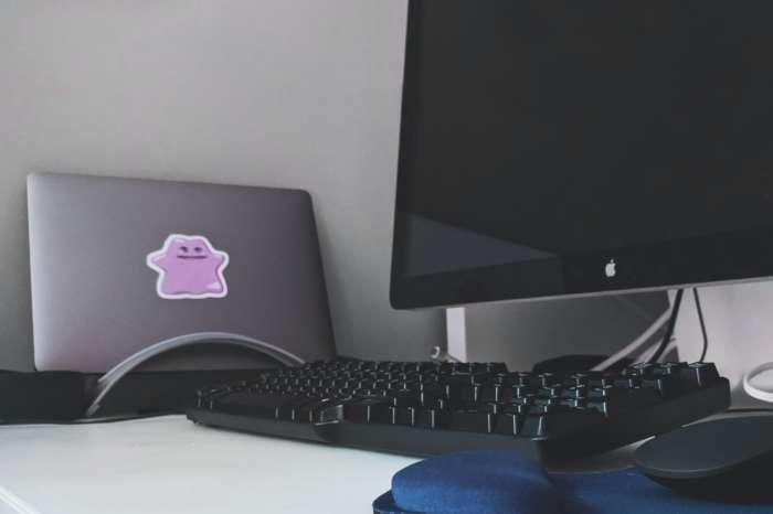 パソコンをつけっぱなしするならデスクトップがおすすめ【付けっぱなしは楽ちん】
