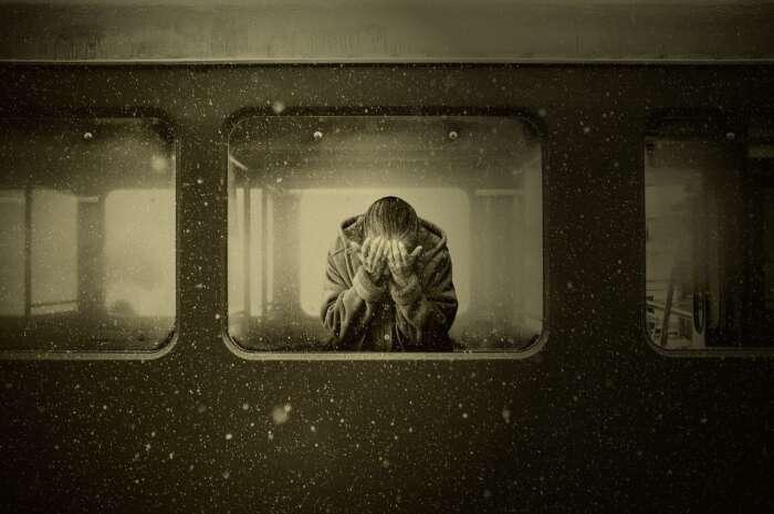 感情的になると疲れるので、ニュートラルに戻す事【体より心の方が疲れやすい】