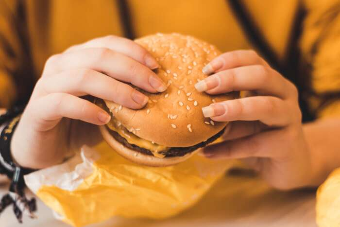 寝る前にお腹が空いてしまう時の対処方法【まとめ】