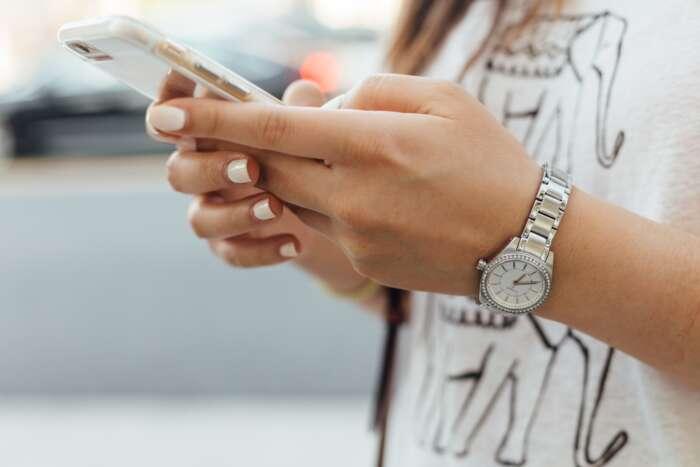 知り合いの携帯が鳴ったら出るべきか出ないべきか?【まとめ】