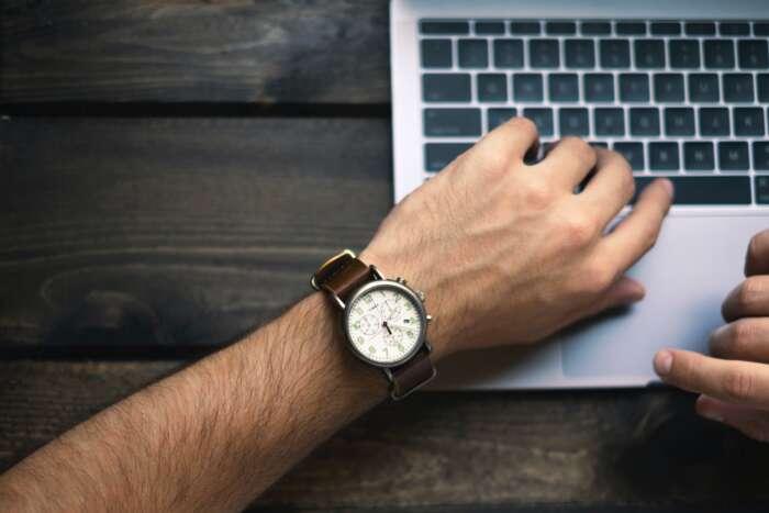 仕事は時間をかければいいのか?それとも、早くするべきなのか?【両方大事です】