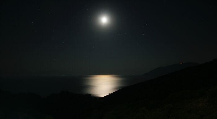 夜中は静かで落ち着くと思う人は緊張しているかもしれない【まとめ】