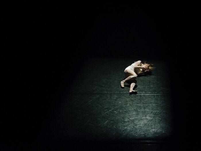 夜中になると不安に襲われてしまう時に出来る事【夜中は孤独を感じやすい】